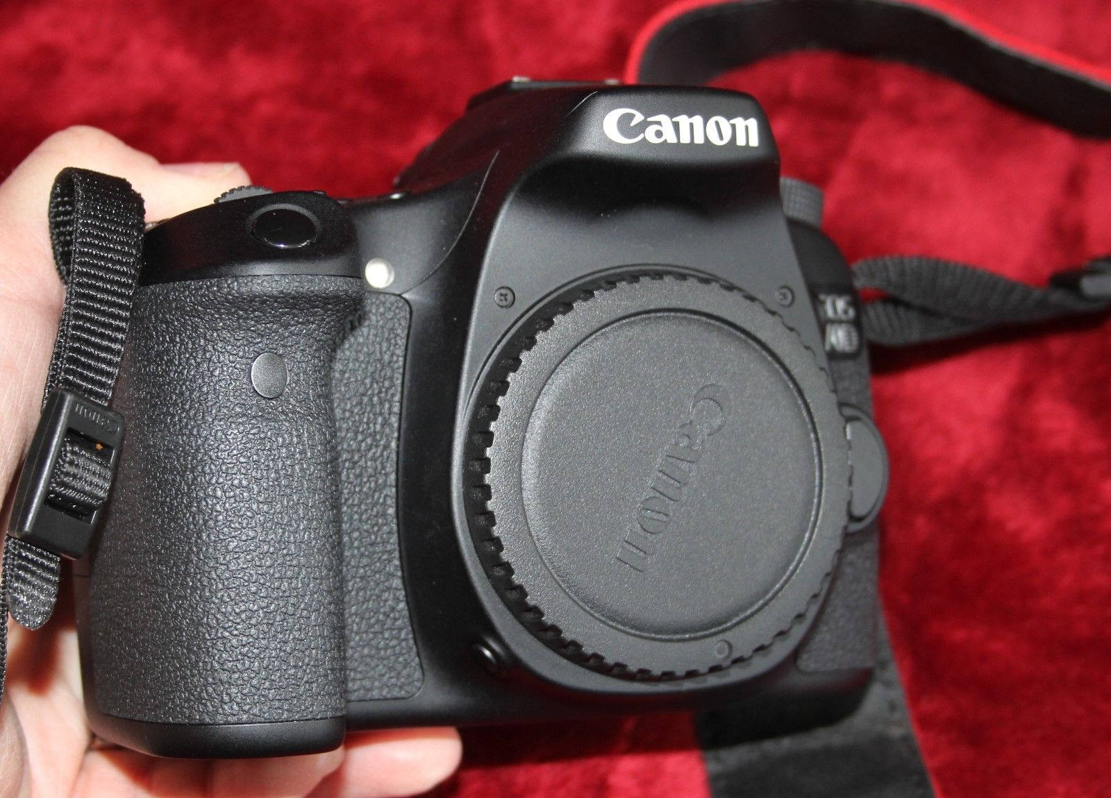 Canon EOS 7D Body 20.2 MP Digital SLR Camera