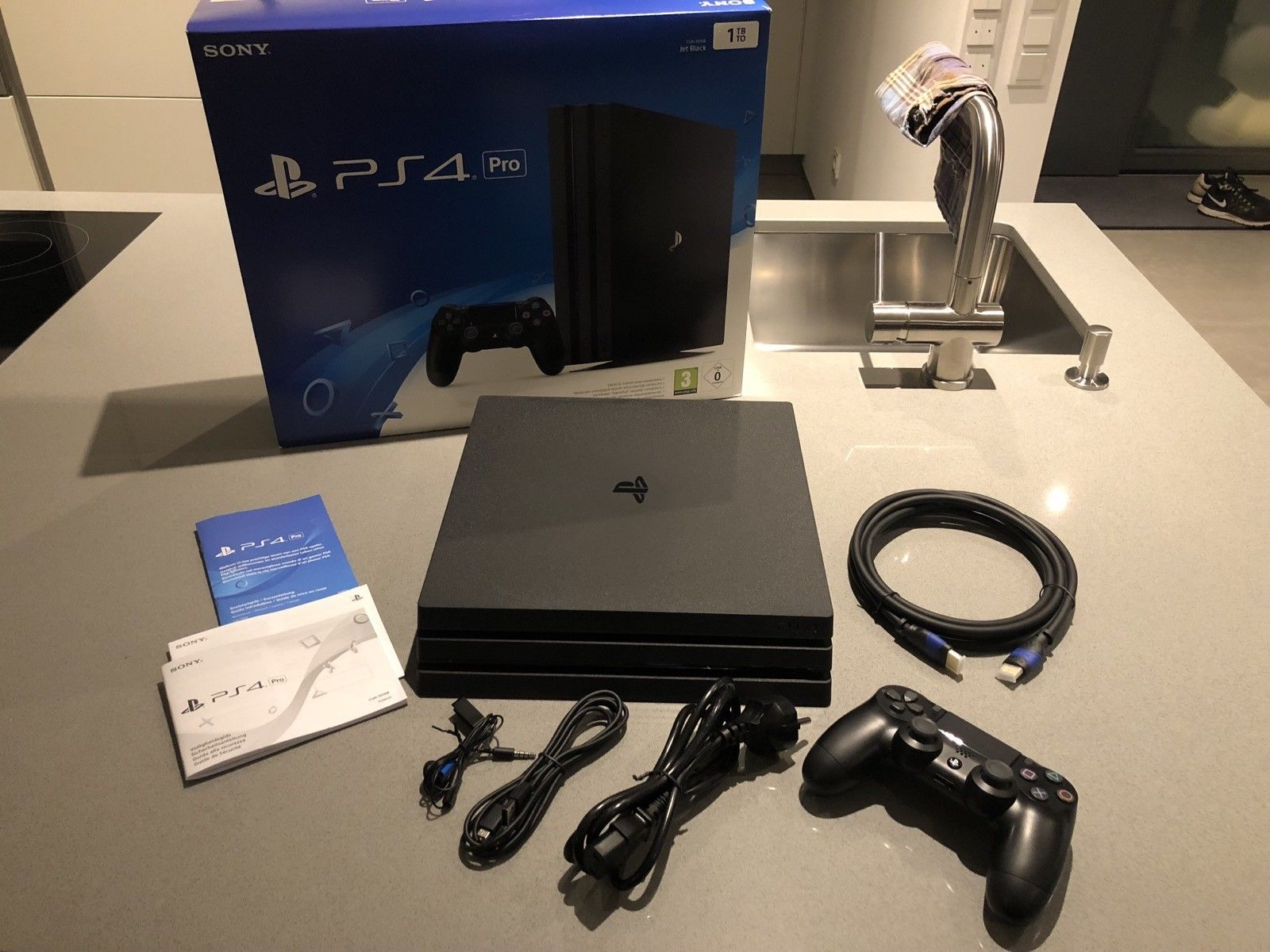 Sony Playstation 4 Pro 1tb Jet Black Console Boxed Classified At