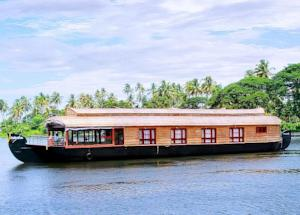 Houseboat Packages In Alleppey, Kerala @ Cheap Rate